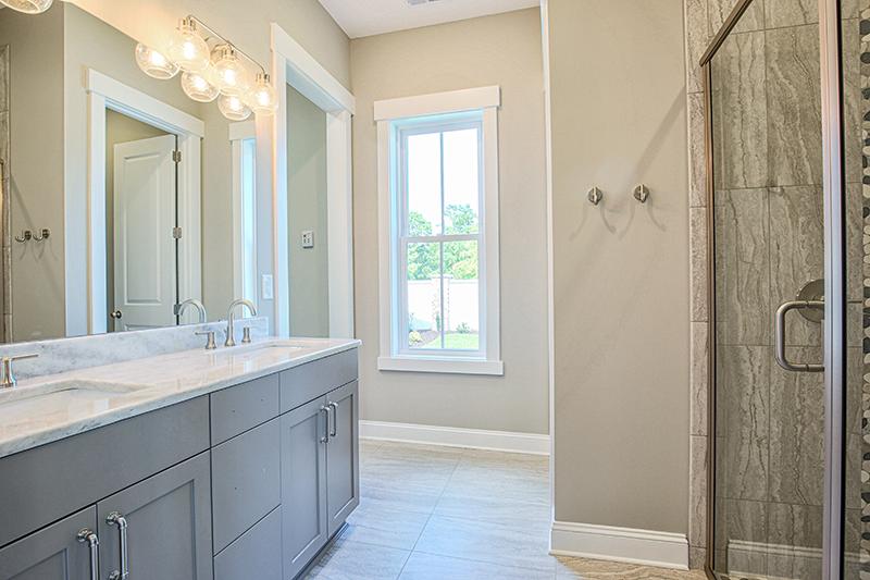 master dual sink bathroom walkin shower